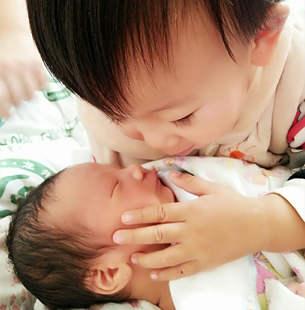 二宝出生第一天我就崩溃了