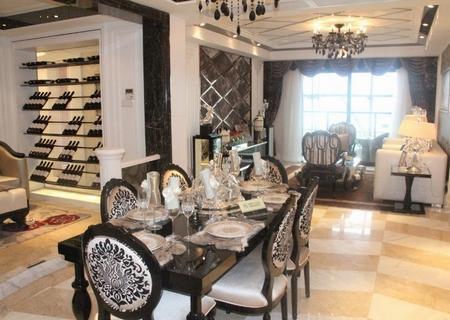 创想空间140平欧式阔绰客厅实景图